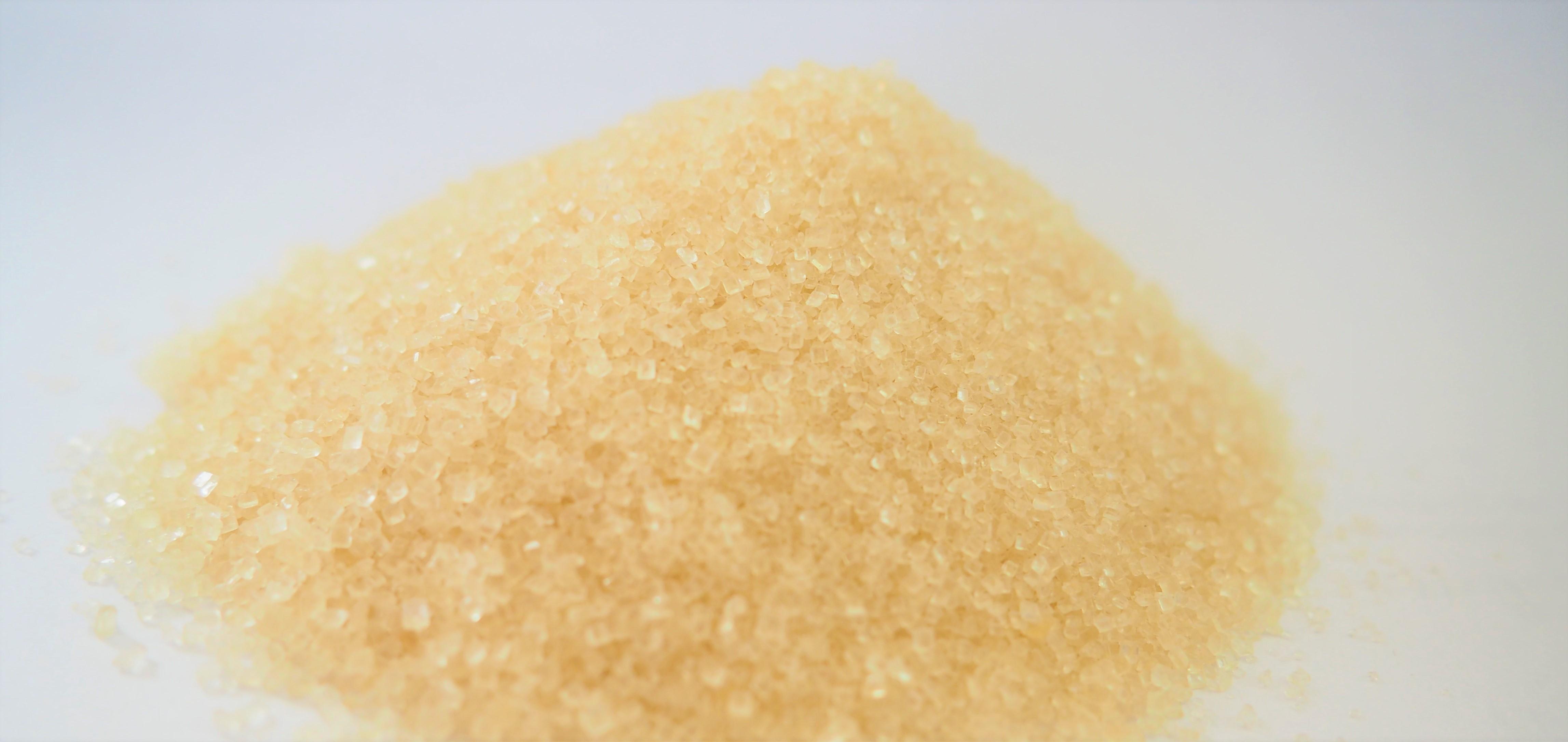 Bienenfutter-flüssig, Teig oder Kristall
