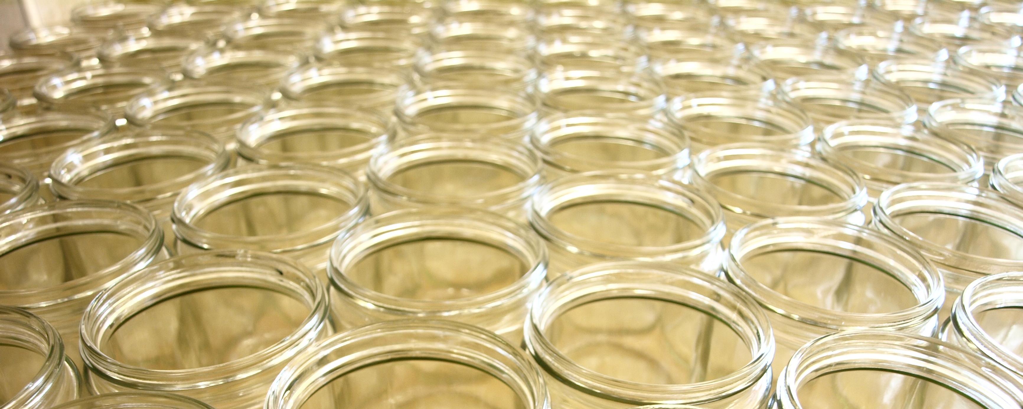 Honiggläser in verschiedenen Größen